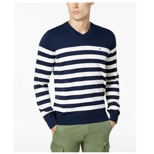 Tommy Hilfiger Sweaters - Men's Tommy Hilfiger Pullover - M0137